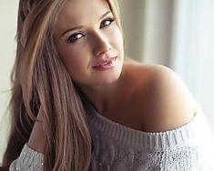 Hair Inspo For Simple Everyday Hairstyles – Lazy Hairstyles! Let's look at some easy everyday hairstyles for long hair, medium length hair, and short hair too. Lazy Girl Hairstyles, Easy Everyday Hairstyles, Short Hairstyles For Women, Curled Hairstyles, Stylish Hairstyles, Medium Hair Cuts, Short Hair Cuts, Medium Hair Styles, Short Hair Styles