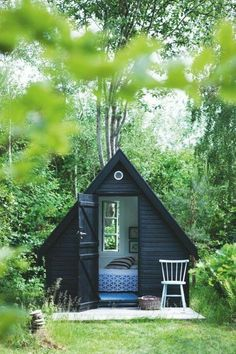 cabin (retreat space, writing cabin) (nature + country) could be in back yard!  Cabin Pods - Just add the beach! #cabinlife #summertime