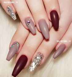 50 Beautiful Nail Art Designs & Ideas Nails have for long been a vital measurement of beauty and Gorgeous Nails, Love Nails, Red Nails, Pretty Nails, Simple Acrylic Nails, Acrylic Nail Art, Simple Nails, Cute Nail Art, Easy Nail Art
