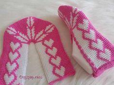 Tığ İşi Babet Patik Modeli Yapımı Video Anlatımlı   Örgüyap.com Socks, Model, Fashion, Moda, Fashion Styles, Scale Model, Sock, Stockings