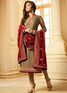 Grab Latest Churidar, Anarkali, Party Wear & EiD Festival Salwar Kameez Online with Flat OFF. Use Discount Code: Hurry up & shop Salwar Kameez. Indian Salwar Kameez, Churidar Suits, Anarkali Suits, Eid Dresses, Indian Dresses, Indian Outfits, Art Marron, Bollywood Suits, Bollywood Saree