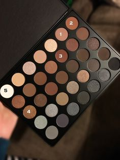 Life of a Dabbler: Morphe Brushes 35K Palette: First Thoughts and Review