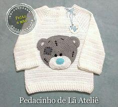Casaco cardigan infantil de crochê Crochet Baby Sweaters, Crochet Baby Cardigan, Crochet Coat, Crochet Baby Clothes, Crochet Baby Hats, Crochet Baby Dress Pattern, Baby Sweater Knitting Pattern, Baby Knitting Patterns, Baby Patterns
