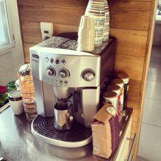 Coffee break Coffee Break, Espresso Machine, Coffee Maker, Kitchen Appliances, Drink, Food, Espresso Coffee Machine, Coffee Maker Machine, Diy Kitchen Appliances