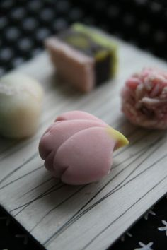 "collectorandco:  "" wagashi / sakura / さくら  """