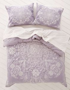 Luxury Bedding Sets On Sale Code: 2019190050 Lavender Comforter, Purple Comforter, Purple Bedding Sets, Comforter Sets, Gray Bedding, Bedding Master Bedroom, Bedroom Decor, Bedroom Ideas, Urban Outfitters Bedding