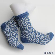 Ravelry: Sorbus pattern by StrikkeBea Knitting Socks, Knit Socks, Fingering Yarn, Ravelry, Barn, Shopping, Patterns, Fashion, Block Prints