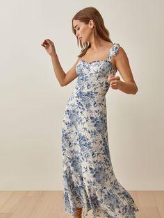 Pretty Dresses, Sexy Dresses, Beautiful Dresses, Floral Dresses, Women's Dresses, Dance Dresses, Sundresses Women, Summer Dresses For Women, Summer Formal Dresses