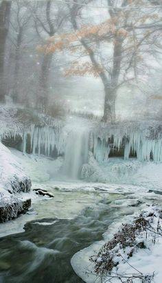 Frozen stream !