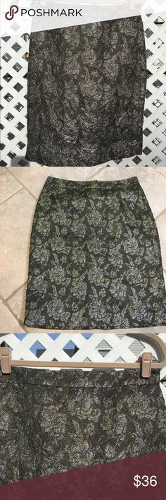 J. Crew Collection crushed jaguard  pencil skirt VEUC. colors are metallic silver, metallic gold, hunter green in a subtle floral print. Gorgeous. No flaws or signs of wear. 35% silk/32% metallic,/17% cotton.  Lining is 100% polyester. Dry clean  only J Crew Collection  Skirts Pencil