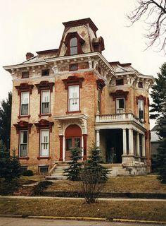 McNamee-Eilts house, Wabash, IN by Equinox27, via Flickr