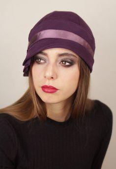 """Aubergine """"Inès"""" Cloche Hat"""