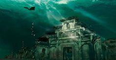 海底に眠るロマン「海底遺跡」。昔々、地上にあった都市などが、地盤変化や海水の増加などなんらかの原因で海の底へ沈んでしまったものをいいます。世界の海にはこの海底遺跡が眠っている場所が多く存在するんですよ。もちろん日本にも眠っています!  1.ポート・ロイヤル/ジャマイカ...