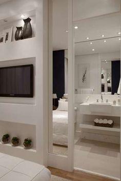 Apartamento tem salas de jantar e estar em varanda de 32 m² - Terra Brasil Bedroom Closet Design, Interior Design, Modern Bedroom Design, Home, Elegant Interiors, Luxury Living, Bedroom Doors, Bedroom Design, Modern Bedroom