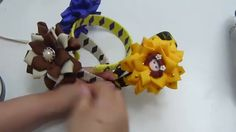 Diy  Diademas trenzada rombos dos colores y decorada con flores fáciles