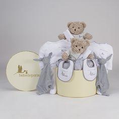 Canastilla Clásica Gemelos. Una canastilla gemelar de regalo para bebés, que disfrutarán mamá, papá y los peques. #canastillas #regalos #babygifts #bebés