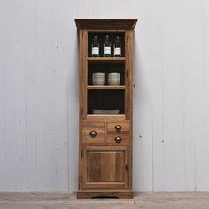 http://restyle24.de/b/vitrinen-im-landhausstil-sind-moderne-moebelstuecke-mit-einem-ganz-besonderen-flair