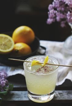 Lilac lemon fizz