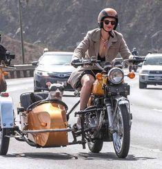Because life on a motorcycle is a good life. Biker Chick, Biker Girl, Moto Vespa, Bike With Sidecar, Motorbike Girl, Look Girl, Nose Art, Vintage Motorcycles, Honda Motorcycles