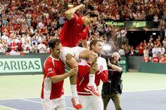 Roger Federer wins tie against Italy to put Suisse in Davis Cup Final!!!!