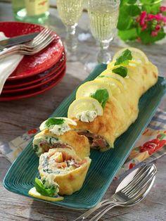 Lyxig laxrulle | Allas Recept Quinoa Salad Recipes Easy, Red Beans Recipe, Florence Food, Wellington Food, Marijuana Recipes, Food Lab, Salmon Dishes, Happy Kitchen, Swedish Recipes