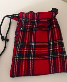 Dog treat pouch bag fully lined with metal belt clip on the back. These can be made plain or with a Westie motif or a Border Terrier motif. The dimensions are approximately wide x long I can make these to order with any other dog motif too. Dog Treat Pouch, Pouch Bag, Westies, Dog Gifts, Dog Treats, Tartan, Boho Shorts, My Etsy Shop, Trending Outfits
