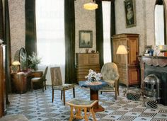 Royal room of Queen Juliana at Paleis Het Loo in the Netherlands - love the wallpaper and carpet combination