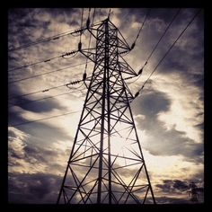 Pylon #pylon #wire #sky #skyporn #cloud #cloudporn #blue #white #atmosphere #instagram #scotland