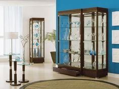 Шкаф для посуды в гостиную - эхо прошлого? - http://mebelnews.com/mebel-dlya-gostinoy/shkaf-dlya-posudy-v-gostinuyu-exo-proshlogo.html