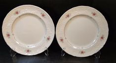 Johnson Brothers Caroline Dinner Plates 10 Made in England Set of 2