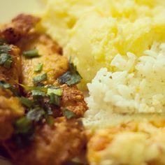 Forno di Casa - Frango a milanesa, purê de batatas, arroz e abobrinha com mussarela. #fornodicasa www.fornodicasa.com.br