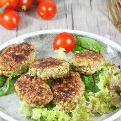 Kotlety z kaszy gryczanej   AniaGotuje.pl Tasty, Yummy Food, Salmon Burgers, Superfood, Lunch Box, Food And Drink, Vegan, Baking, Healthy