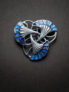 Lalique silver pin