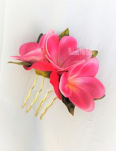 Real touch Hawaiian Plumeria hair comb with Swarovski Pearls or Crystal centers. Available on comb or clip.