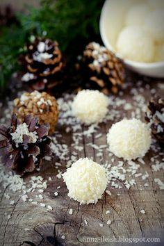 Вкусные домашние обеды: Домашние конфеты Рафаелло