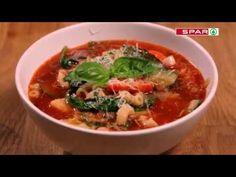 Olasz bazsalikomos paradicsomleves SPAR konyhájából recept képpel. Hozzávalók és az elkészítés részletes leírása. Az olasz bazsalikomos paradicsomleves spar konyhájából elkészítési ideje: 40 perc Thai Red Curry, Soup, Ethnic Recipes, Italia, Soups