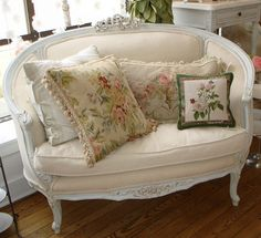 French Settee- I have wanted one of these for years. I hope to find one soon in an antique shoppe.
