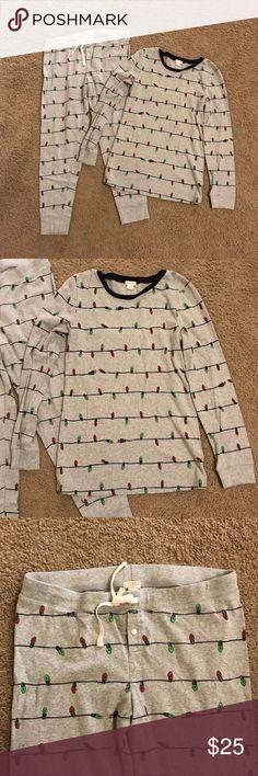 J Crew Christmas Lights Pajamas Christmas pajamas with Christmas lights. Size large. J. Crew Intimates & Sleepwear Pajamas