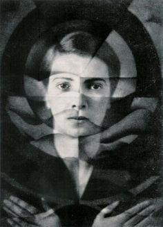 Else Ernestine Neuländer-Simon was born in 1900. Trading under the name Yva - Self portrait c 1925