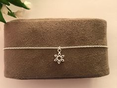 Snowflake silver bracelet • Sterling silver snowflake bracelet • Winter Wedding • Christmas gift for her • Delicate bracelet • Tiny bracelet by JoudiaJewelry on Etsy Tarnished Silver, Christmas Gifts For Her, Christmas Wedding, Sterling Silver Bracelets, Snowflakes, Jewelry Box, Delicate, Pendant, Winter