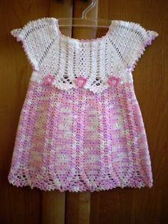 52 ideas dress vintage pattern free crochet baby for 2019 Free Crochet Patterns Uk, Crochet Girls Dress Pattern, Crochet Toddler Dress, Toddler Dress Patterns, Kids Patterns, Crochet Designs, Free Pattern, Knit Fashion, Baby Knitting
