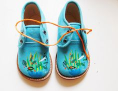 Distinctive Gifts Mean Long Lasting Recollections Efvva Hand Painted Kids Wear Fashion Kids, Little Girl Fashion, Toddler Fashion, Little Girl Shoes, Girls Shoes, Little Girls, Baby Shoes, Hand Painted Shoes, Unique Shoes