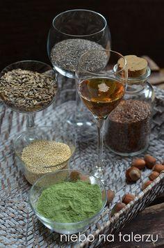 dla zdrowia - 10 produktów tzw. superfood, które uznane są w dzisiejszych czasach za najbardziej korzystne dla dobrej kondycji ciała i urody.