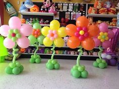 flower decorations for party Trolls Birthday Party, Troll Party, Birthday Party Decorations, Birthday Parties, Deco Ballon, Office Birthday, Balloon Crafts, Balloons And More, Balloon Flowers