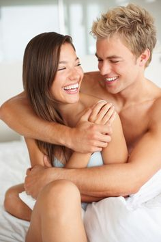 Can humor affect relationships? At times, they really can. Read these 12 everyday types of humor that can make or break a relationship over time. Funny Dating Quotes, Dating Memes, Flirting Humor, Flirting Quotes, Relationship Over, Relationships, Shy People, Best Funny Images, Ukraine Girls