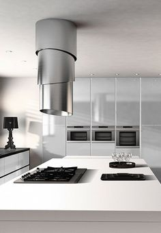 "Featuring Faber's exclusive ""up&down"" technology, the Pareo Plus is a distinctive addition to the F-Light range of island cooker hoods. Island Cooker Hoods, Island Hood, Ad Design, House Design, Interior Design, Kitchen Extractor, Extractor Hood, Extractor Fans, Stainless Steel Island"
