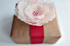 DIY Tutorial DIY Fabric Flowers / Pretty DIY Fabric Flowers - Bead&Cord