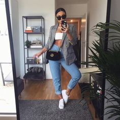 I actually love Autumn/Fall, I live for outfits like this (fuck I left my hallway light on, I never Boujee Outfits, Blazer Outfits, Classy Outfits, Spring Outfits, Trendy Outfits, Fashion Outfits, Womens Fashion, Overalls Outfit, Autumn Outfits