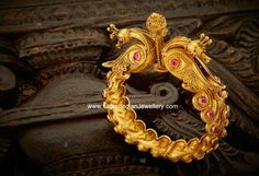 Royal designer antique gold kada in a spectacular Indian traditional design. The 22 karat gold kada or kangan in intricate peacock work with spinal rubies navarathan Gold Bangles Design, Gold Jewellery Design, Gold Jewelry, Gold Necklace, India Jewelry, Temple Jewellery, Antique Jewelry, Indie, Bracelets