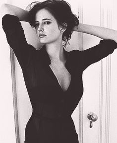Eva Green is my biggest woman crush. So naturally beautiful and sophisticated.